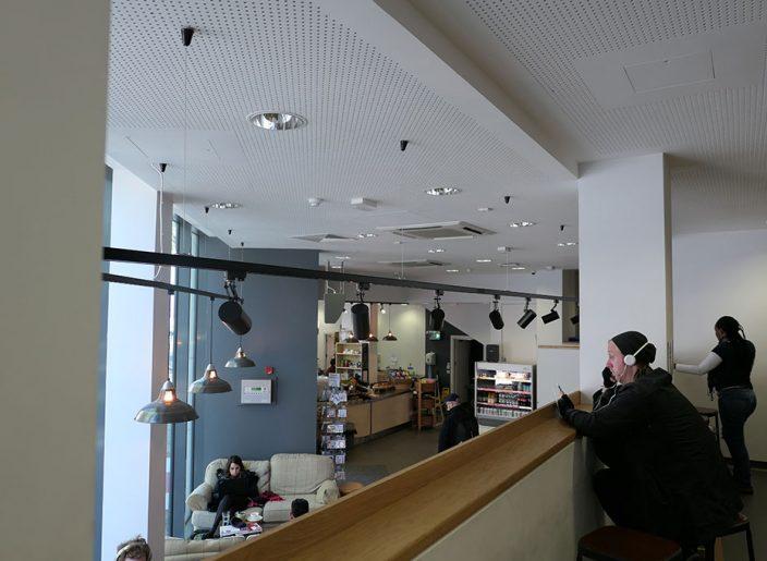 04_Oasis-cafe